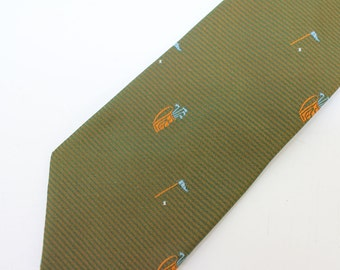 """60's Golf Themed Tie / Washable Polyester / Green Tie / Superba / 3"""" Wide"""
