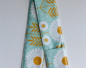 Camera Strap Cover with lens cap pocket and padding included - Daisy Chain