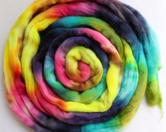 Merino Wool Top - Roving - Hand Painted - Hand Dyed for Spinning or Felting - 4oz - Rainbow Melt