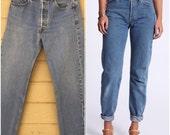 Vintage Levi's 501 Boyfriend Jeans / Waist 31 x 31 / Vintage Levis / Medium Wash / Distressed / Denim / Vintage denim / 501 button