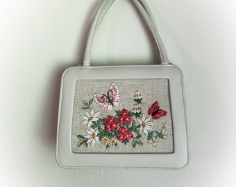 Vintage 1960s Butterfly and Flowers Pleather Purse Handbag
