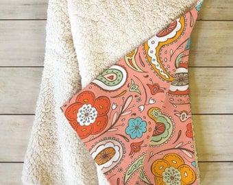 Paisley Fleece Throw Blanket // Sherpa // Dorm Decor // Adora Paisley Design // Cozy Blanket // Modern Decor // Home Decor // Bedroom