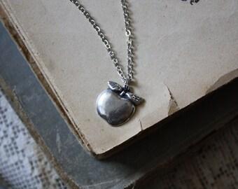 Teacher Necklace - Apple Necklace - Winter Harvest