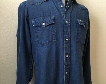 Vintage Men's 80's Wrangler, Denim Shirt, Long Sleeve, Snap Button (M)