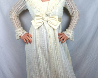 Vintage Lorrie Deb Union Made 1960s Wedding Dress Gown