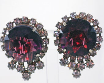 Vintage Large Faceted Glass Amethyst and Clear Crystal Rhinestone Clip Earrings (E-2-1)