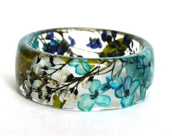 Flower jewelry. Resin bracelet.Blue bracelet. Botanical jewelry. Hydrangea. Pressed flowers. Real flowers. Flower jewelry. eco resin.