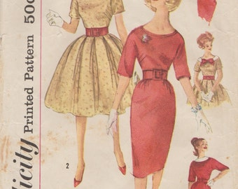 Simplicity 3536 / Vintage 60s Sewing Pattern / Dress / Size 11