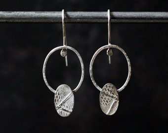 Ovales earrings silver textured artisan made metalwork geometric feminine