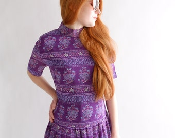 Purple heart, vintage dress, medium