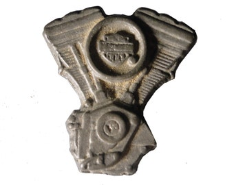 HARLEY DAVIDSON Engine vintage pin lapel badge metal motorcycle Official Merchandise