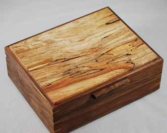 Handcrafted Walnut & Spalted Maple watch box - Holds 6 Watches