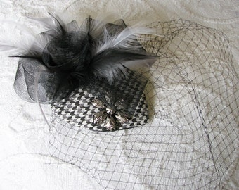 Derby fascinator | black | half hat | floral | chevron | cocktail hat | birdcage veil | hair comb | hatinator