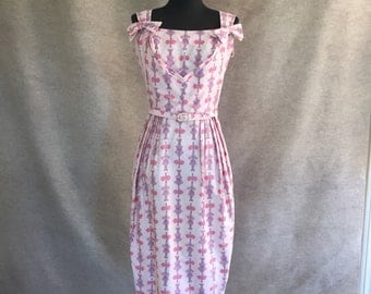 HOURGLASS...Vintage 50's 60's Wiggle Dress, Pink and Lavender, Sleeveless Sundress, Rockabilly, Small to Medium