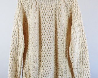 SALE - Vintage 70s Fishermans Aran Knit Wool Cable Fall Winter Spring Cream Sweater - Made In Ireland - Mens Size Small