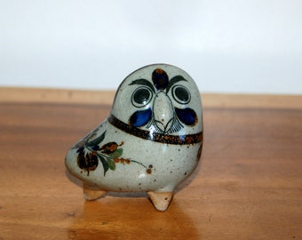 Jorge Wilmot Tonala Stoneware Bird / Critter / Owl ~ signed on base w/ underlined W ~ Mexican Folk Art ~ Excellent Condition ~ 3rd of 3