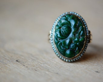 Vintage 1950s carved jadeite and seed pearl ring ∙ 14K jadeite pearl ring