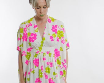Vintage 60's beautiful cotton maxi dress, oversized kimono inspired fit, white with bright pink & green floral pattern, stripes in knit - M
