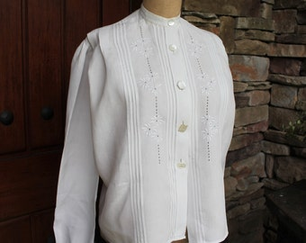 Antique Edwardian Linen Blouse with Embroidery, Cutwork, Pin Tucks, and Mother of Pearl Buttons
