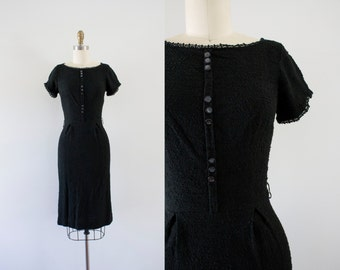1960s Breakfast At Tiffany's simplistic wiggle dress / 60s knit beauty