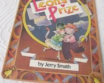 Leon's Prize by Jerry Smath, 1987 Hard Cover, Parents' Magazine Press Vintage Kids Book