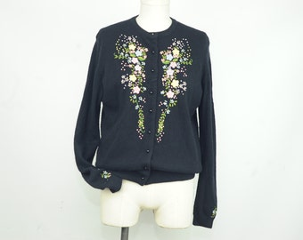SUMMER SALE Vintage 50s/60s Floral Embroidered Black Cardigan Sweater Size Medium to Large  Size 40