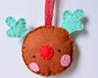 DIY Christmas Decoration Sewing Kit, Felt Decoration Kit, Rudolph DIY Sewing Kit, Make Your Own Decoration Kit, Reindeer Sewing Kit