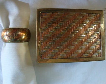 8 Piece Vintage BRASS COPPER BOX 6 Napkin Rings in 2 Piece Storage Box Woven Copper Brass Table Dressing Classic Brass Copper Napkin Rings