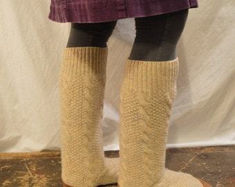 Women's 9 (EU 40) CREAM CABLE Tall Felted Wool Soccasins with Leather Soles, Toes and Heels