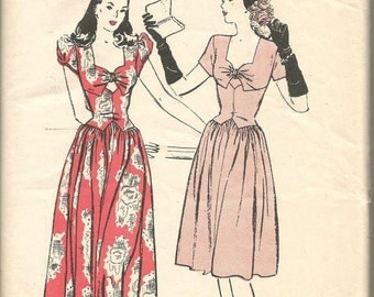 1940s Evening Dance Dinner Day Dress Sweetheart Neckline Dirndl Skirt Sleeve Variations Butterick 3453 B 32 Women's Vintage Sewing Patterns
