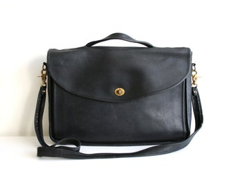 Laura USA Black Leather Messenger