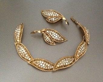 Hattie Canegie vintage bracelet and earrings vintage 1950s