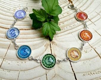 Seven Energy Levels Chakra Bracelet, Glass Cabochon, Chain Bracelet