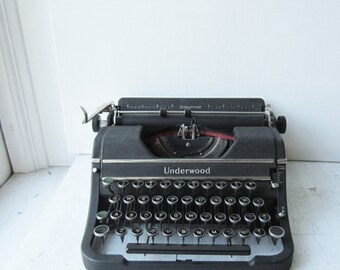 Antique Underwood Elliott Fisher Universal Portable Manual Typewriter - 1939 - Metal Rimmed Keys - Excellent Working Machine with Case