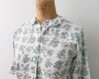 1950s floral & bug print ladies blouse - summer cotton shirt / Sherry Hill - elbow length short sleeve shirt blouse / floral blouse