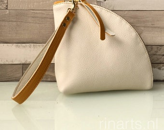 Q-bag clutch / leather zipper pouch / leather bag organizer / triangle bag in white an yellow leather. Color block bag