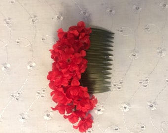 Crimson Flowers Comb / Floral Hair Fascinator / Decorative Hair Accessory / Red Flowers / Edwardian / Pixy / Fairy / Nature
