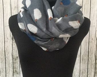 Lightweight grey hedgehog scarf