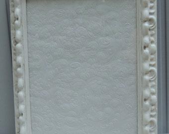 White Picture Frame / 9 x 12 Picture Frame / Picture Frame / Frame with Glass / Empty Frame / Vintage Frame / Cottage Decor / Shabby Chic