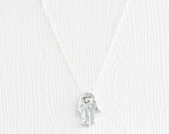 Hasma hand necklace, silver