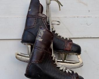 Vintage Hockey Ice Skates Men's Black Brown American Wildcat High Top Rustic Primitive Christmas Winter Decoration Craft Project 1950's