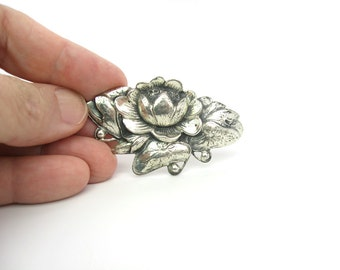 Lotus or Water Lily Flower Brooch. Sterling Silver. Early Danecraft. Vintage 1940s Retro Jewelry by Victor Primavera 24.1g