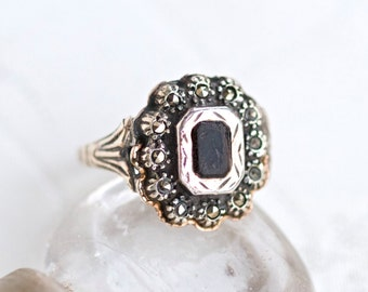 Art Deco Ring with Dark Stone - Antique Sterling silver Gold and marcasite Gothic ring size 7.5