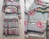 VINTAGE 1970s Does 40s Look Grey Stripe Pink Flower Pleated Secretary Dress 10 38 / Tea Dress / Très Chic / Art Deco