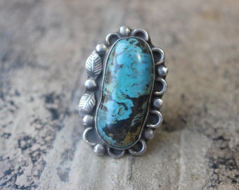 Large Southwest Ring / 1970's Blossom Ring / Size 6 1/2 / Sterling Silver Desert Jewelry