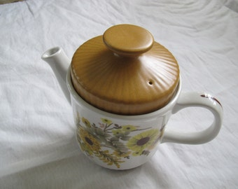 Myott gold floral teapot / Vintage yellow gold flower tea pot / Myott Ironstone teapot