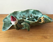 Vintage Majolica Frog Pottery Tray Dish Green Lily Pad