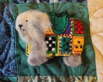 Labyrinth - Ambrosius - Old English Sheepdog - Patch / pin / brooch embroidered - Jim Henson