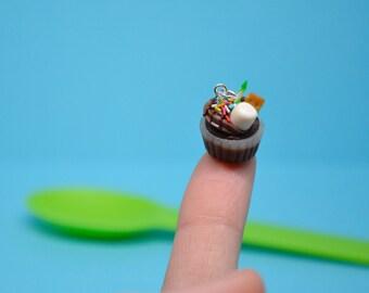 Cupcake Charm- Smores Cupcake Charm