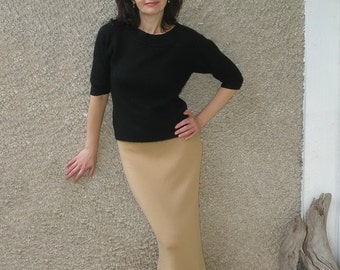 10% off with coupon code WINTER: Vintage wool knit maxi skirt, size S-M
